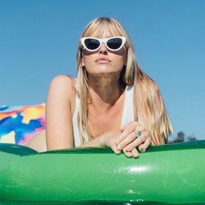 REAN brand new chic white sunglasses